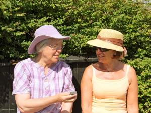 Brantevik damer i hatt